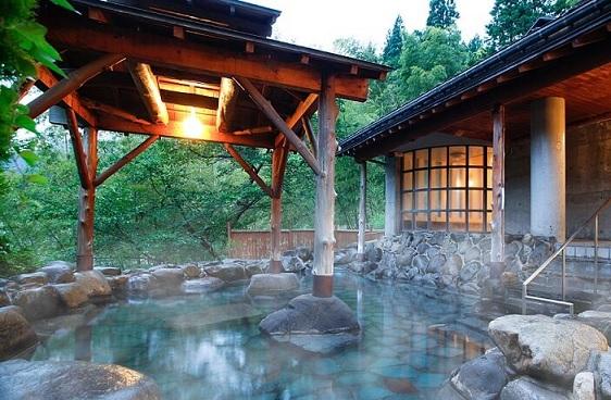 【青森県】大型温泉旅館